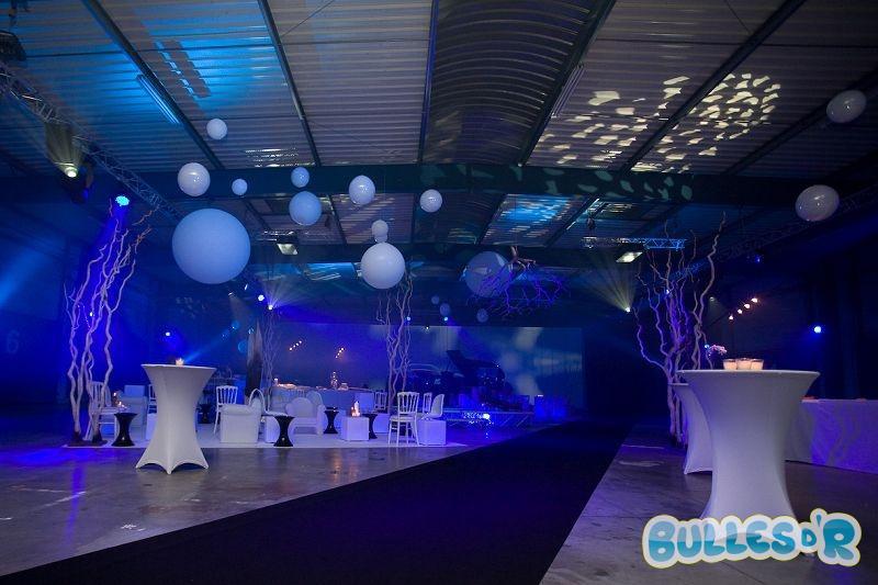 Bulles_d_R_L_univers_du_ballon_Decoration_ballons_Soir__e_Lancement_BMW_S__rie_5__1_-365