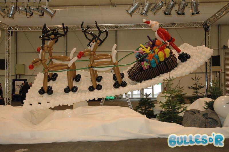 Bulles_d_R_L_univers_du_ballon_Decoration_ballons_Traineau_du_Pere_noel___2_-394