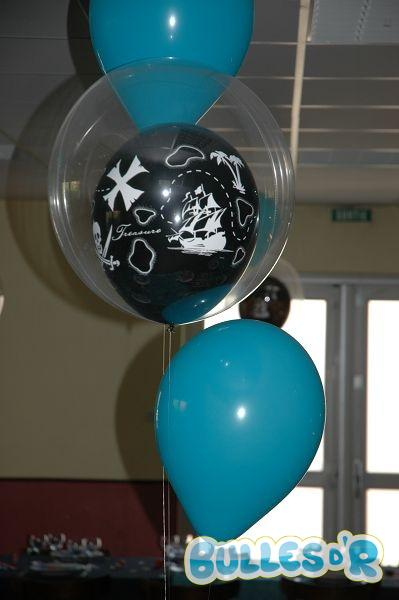 Bulles_d_R_L_univers_du_ballon_Decoration_bapteme_theme_pirate_mer__4_-439