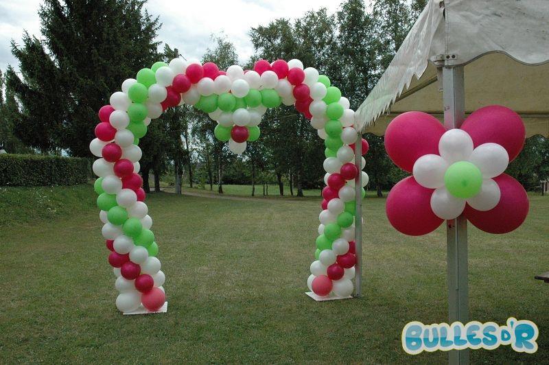 Bulles_d_R_L_univers_du_ballon_Decoration_mariage_ballons__blanc_fuchsia_vert_anis-654