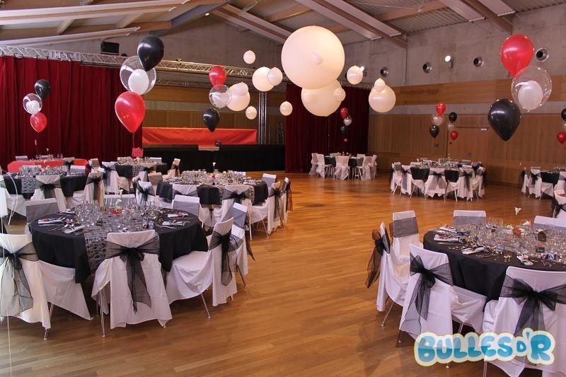 Bulles_d_R_L_univers_du_ballon_Decoration_mariage_ballons_blanc_noir_rouge__1_-489