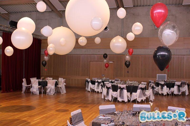 Bulles_d_R_L_univers_du_ballon_Decoration_mariage_ballons_blanc_noir_rouge__2_-490