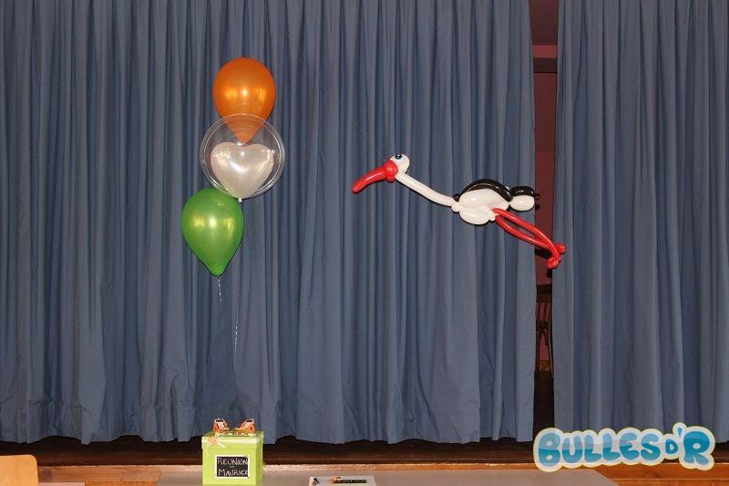 Bulles_d_R_L_univers_du_ballon_Decoration_mariage_ballons_blanc_orange_vert__4_-488