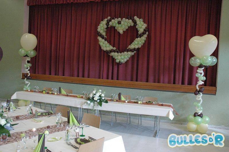 Bulles_d_R_L_univers_du_ballon_Decoration_mariage_ballons_ivoire_chocolat_vert_anis__2_-579
