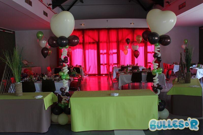 Bulles_d_R_L_univers_du_ballon_Decoration_mariage_ballons_ivoire_chocolat_vert_anis__4_-533