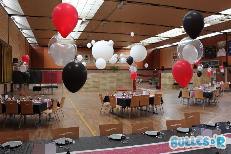 Bulles_d_R_L_univers_du_ballon_Decoration_mariage_ballons_rouge_blanc_noir__2_-497