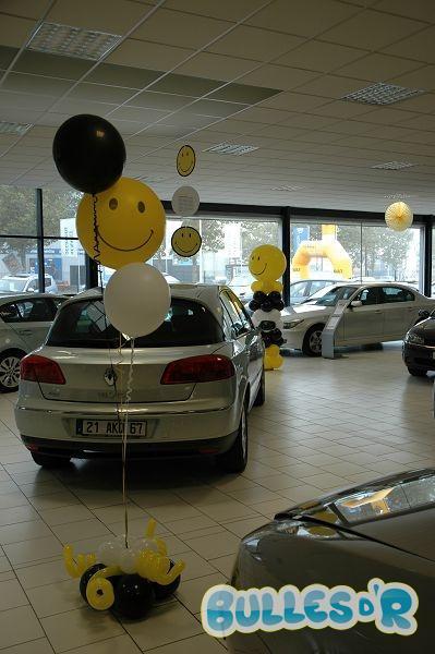 Bulles_d_R_L_univers_du_ballon_Renault_decoration_ballons_smiley__2_-312