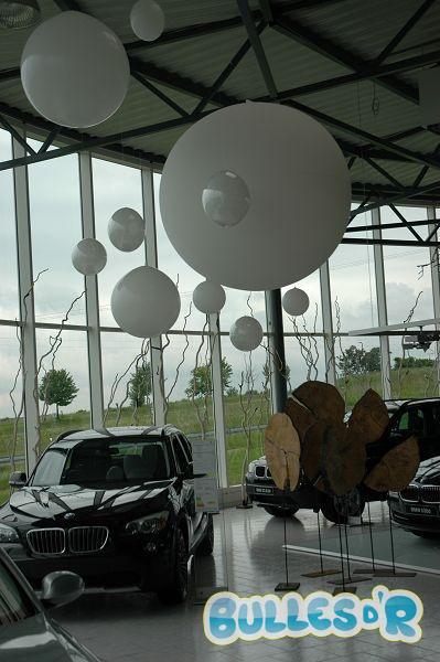 Bulles_d_R_L_univers_du_ballon_decoration_ballons_geants_BMW__3_-316