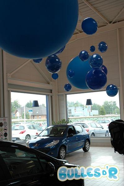 Bulles_d_R_L_univers_du_ballon_decoration_ballons_geants_bleu_peugeot__2_-318