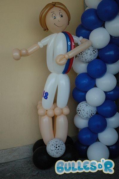 Bulles_d_R_L_univers_du_ballon_id__es_personnage_footballeur-818