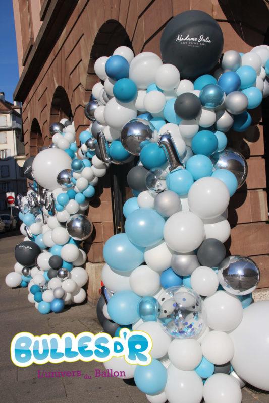 arche de ballons déstructurée anniversaire